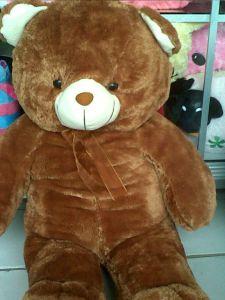 boneka beruang besar