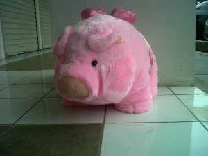 boneka babi besar pink