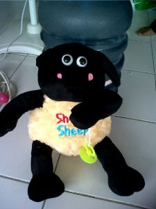 boneka timmy shaun the sheep