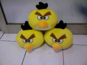 boneka angry bird yellow kuning