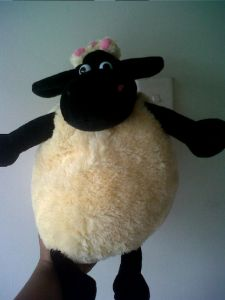 boneka mama timmy shaun sheep