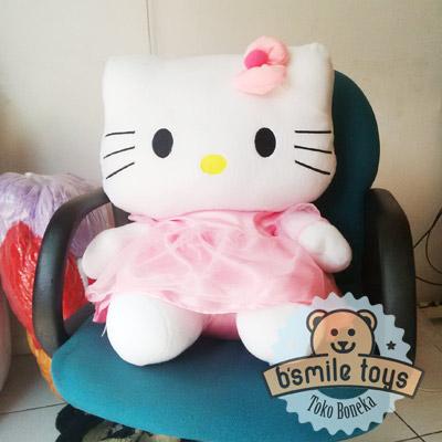 boneka-hello-kitty-gaun-xl-pink-muda