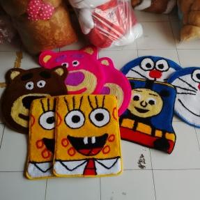 keset-karakter-doraemon-spongebob-lotso-thomas