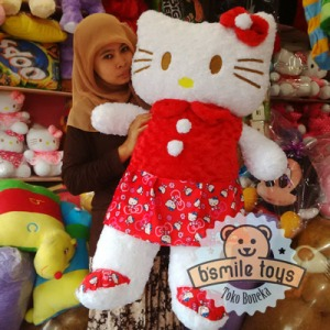 foto boneka hello kitty besar
