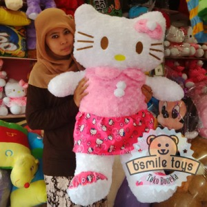 boneka hello kitty besar pink
