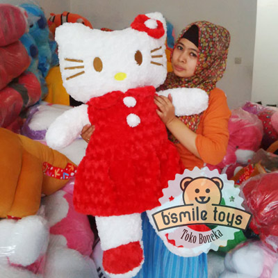 hello kitty jumbo merah