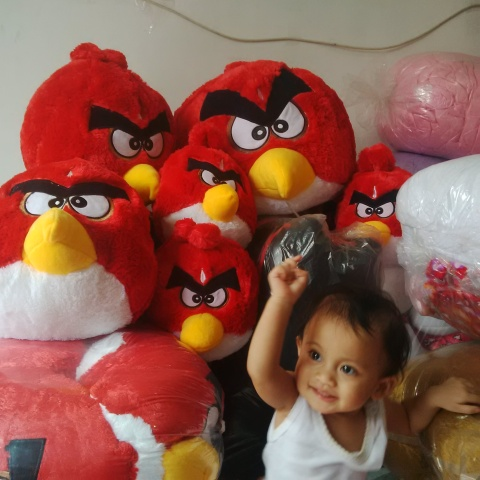 boneka angry bird merah