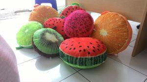 Bantal buah yelvo