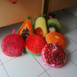 bantal bentuk buah buahan